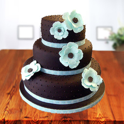 3- tier cakes for birthday