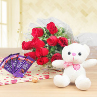 Valentine Pure Love - Roses And Chocolates
