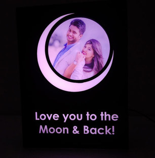 Love to the Moon Personalized lamp.