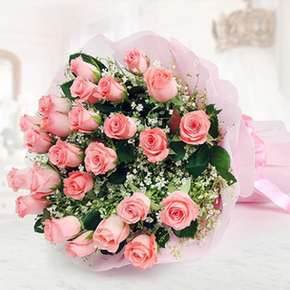Valentine 100 Pink Roses Bouquet