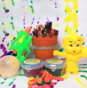 Double Holi Combo for Kids with Yummy Bucket