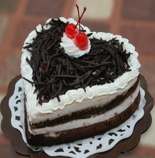 Valentine Heart Shape Black Forest Cake