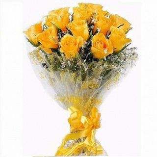 Valentine 18 Yellow Roses Bunch