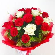 Valentine 12 Red & white Roses