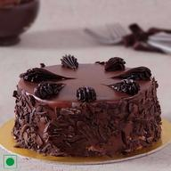 Premium Choco cake with chocolate Shavings