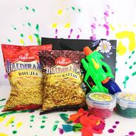 Gun Pichkari Combo with Namkeen