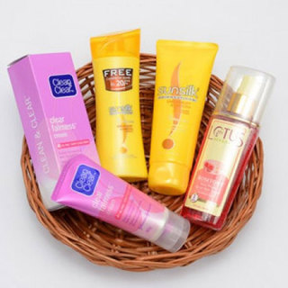 Skin & Hair Care Gift Hamper