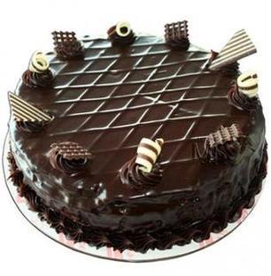 Valentine Exclusive Choco Garnish Cake