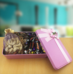 Dry Fruit Potli and Chocolate Miniatures in Box