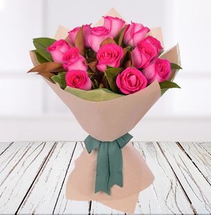 Graceful Pink Roses Bouquet