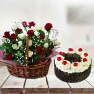 Cake with Red & White Roses