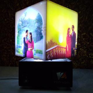Nostalgia Mini – Personalized Rotating Cube Lamp