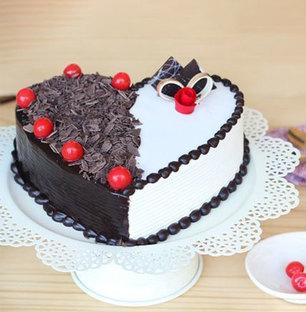 Heart to Heart Cake