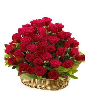 Red Roses Basket - Medium