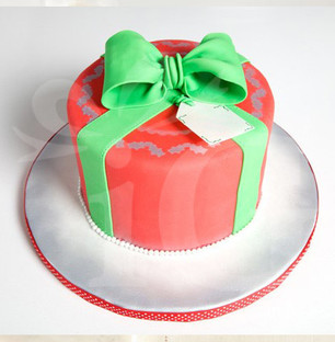 Christmas Gift Shaped Cake
