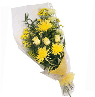 Valentines Yellow Mixed Flower Bouquet
