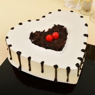 Heart Shape Black Forest Cream Cake