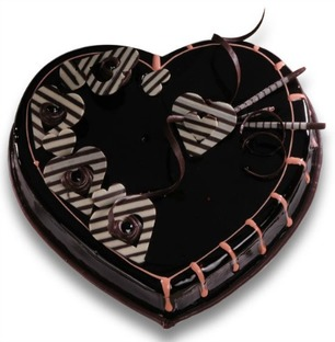 Valentine Heart Shape Chocolate Cake