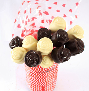 Chocolate Roses- White & Dark