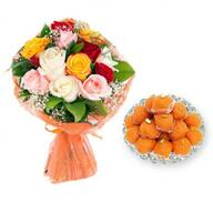 Mixed Roses With Motichoor Ladoo