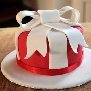 Gift Shaped Cake