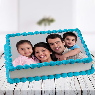 Lovely Family Photo Cake