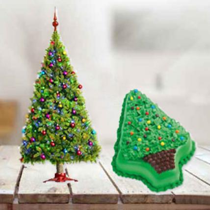 Christmas Tree & Cake