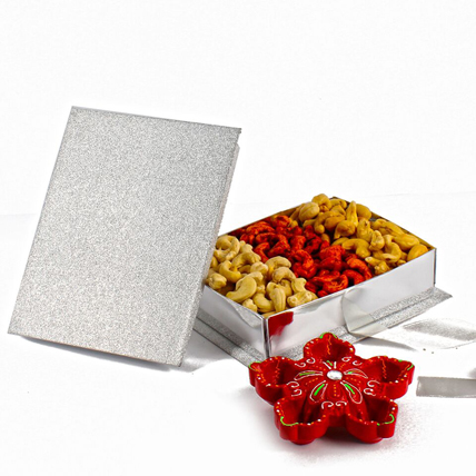 Assorted Cashews Gift Box