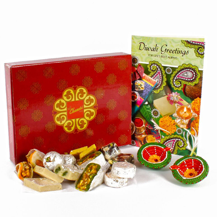 Assorted Dryfruits Sweet Hamper