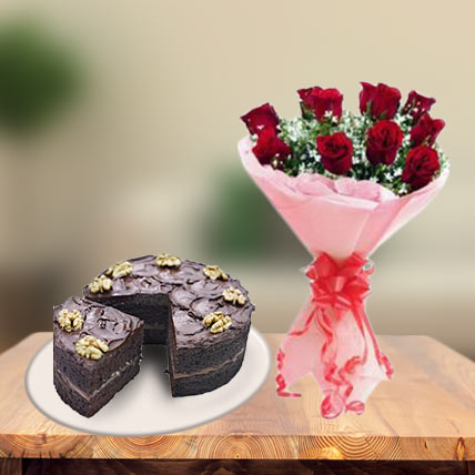 Choco Walnut Cake & Red Roses