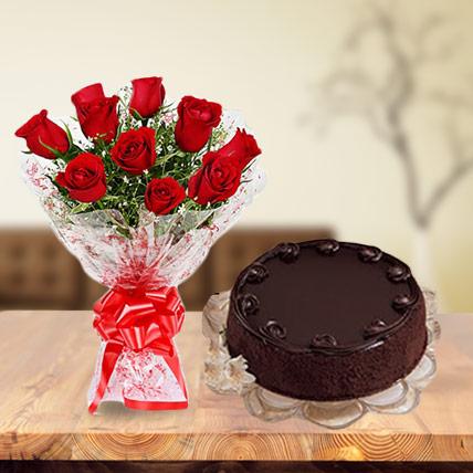 Valentine Roses and Choco Cake