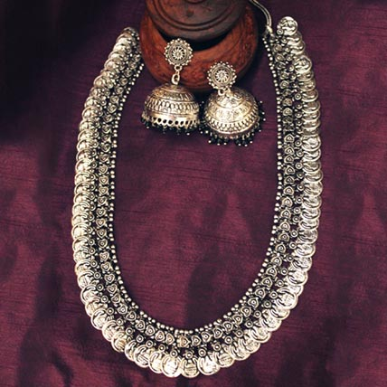 Temple Jewellery Coin Necklace Set
