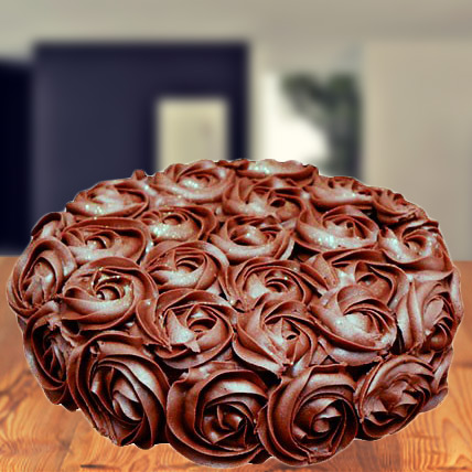 Chocolate Roses Ombre Cake