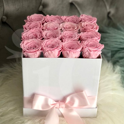 Beautiful Box of Pink Roses