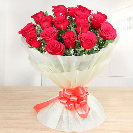 Valentine 18 Premium Red Roses Bunch