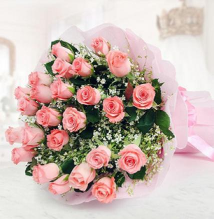 Valentine 50 Pink Roses Bouquet