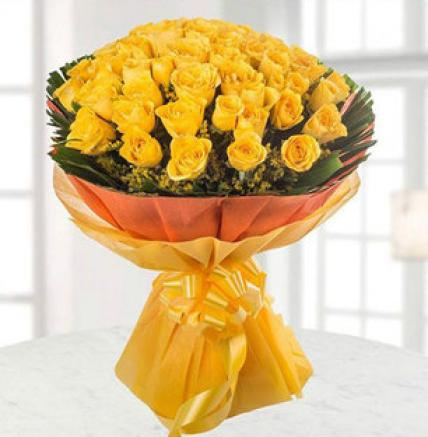 Valentines 50 Yellow Roses Bouquet Large