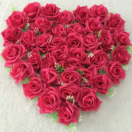 Valentine Red Roses Heart - Medium