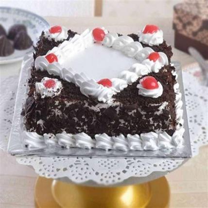 Yummy Square Blackforest Cream Cake