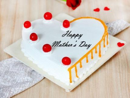 Premium Mothers Day Heart Shape Vanilla Cake