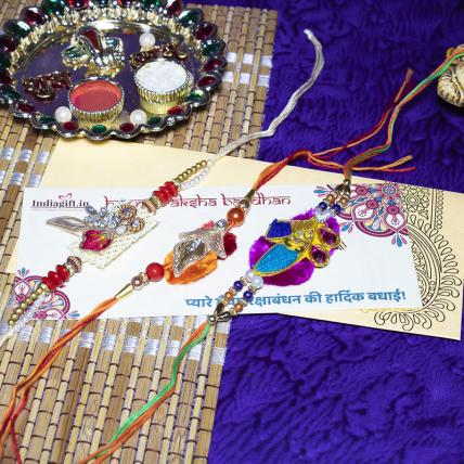 Beautiful Mouli Rakhi Combo