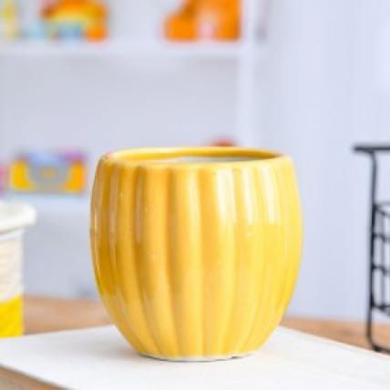 Vertical Ridges Pattern Round Ceramic Pot (Yellow)
