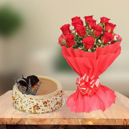 Butterscotch Cake & Red Roses
