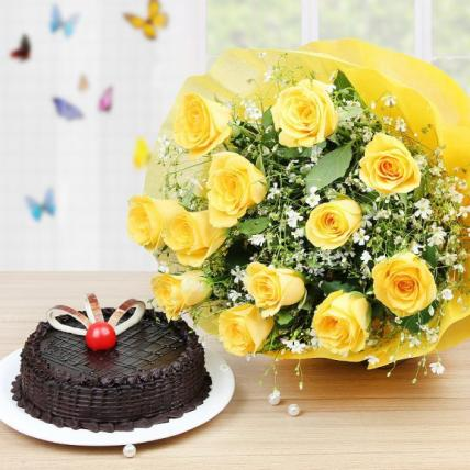 Fresh Yellow Roses and Cake Combo